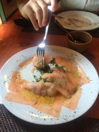 Luna Rossa Restorante & Pizzeriea: Salmon