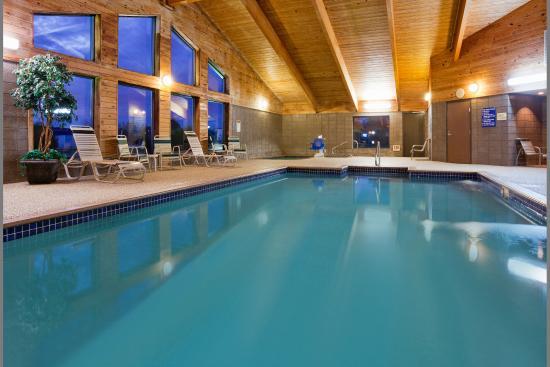 Americinn Lodge Suites Clear Lake Updated 2018 Prices Hotel Reviews Iowa Tripadvisor