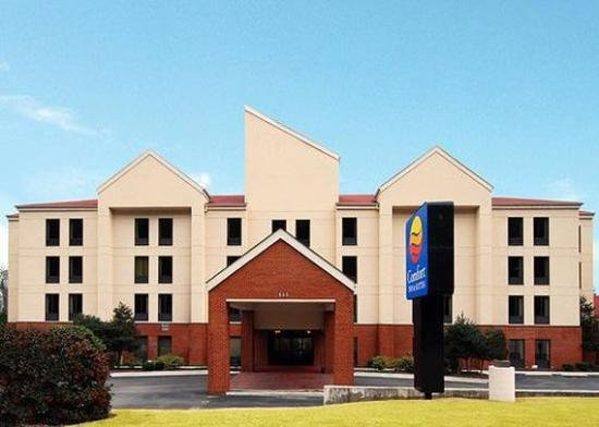 Photo of Comfort Inn & Suites Dalton