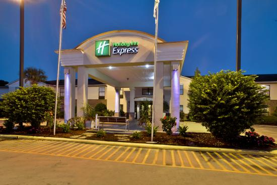 Holiday Inn Express Breaux Bridge (Lafayette Area): Welcome to Holiday Inn Express Beaux Bridge