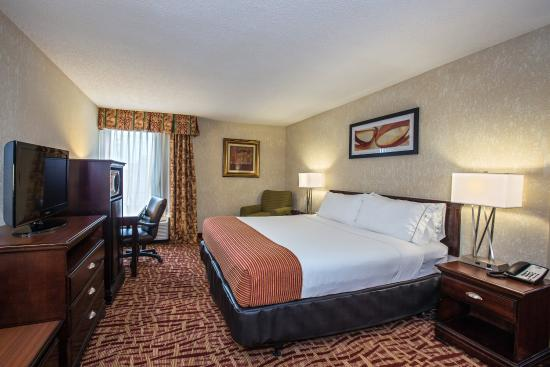 Corinth, MS: ADA/Handicapped Accessible King Bed Guest Room