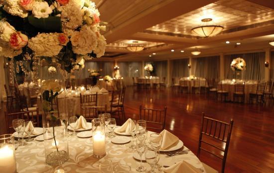 Woodbury, estado de Nueva York: Garden Terrace Ballroom at Fox Hollow