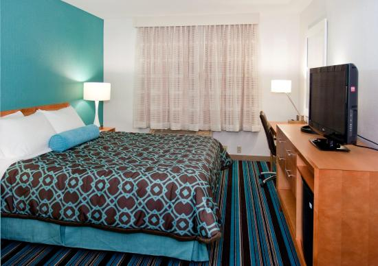 Azul Inn West Los Angeles: Sit back and relax. You've made it.