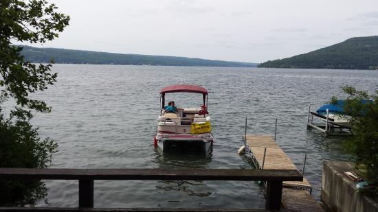 Hammondsport, Νέα Υόρκη: The Water Taxi is here!
