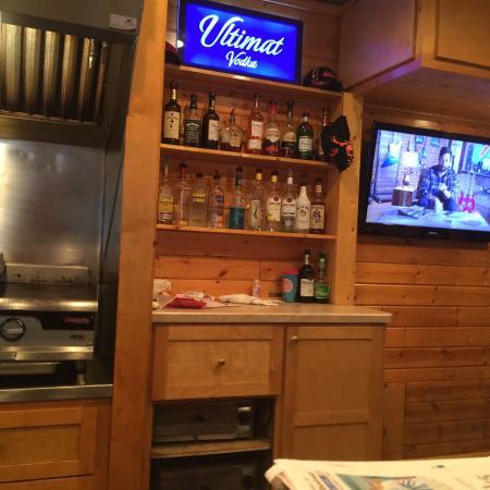 Luck, WI: Bon Ton Tavern