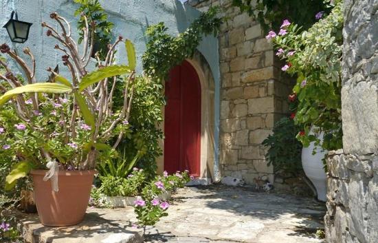 Arolithos Traditional Cretan Village: Exterior