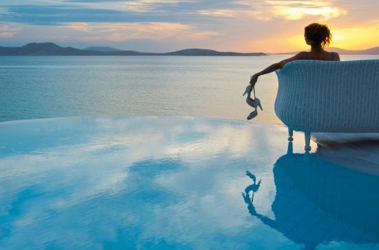 Mykonos Grand Hotel & Resort: Romance During Sunset