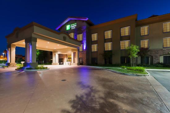 Welcome to the Holiday Inn Express and Suites Atascadero!