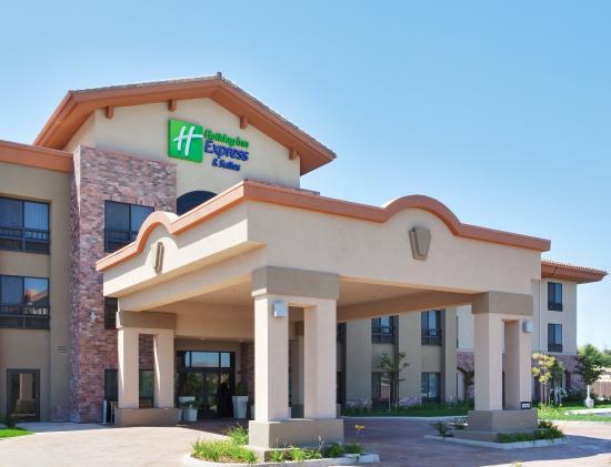 Atascadero, كاليفورنيا: Hotel Exterior