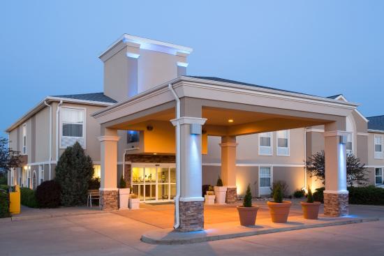 Abilene, KS: Hotel Exterior