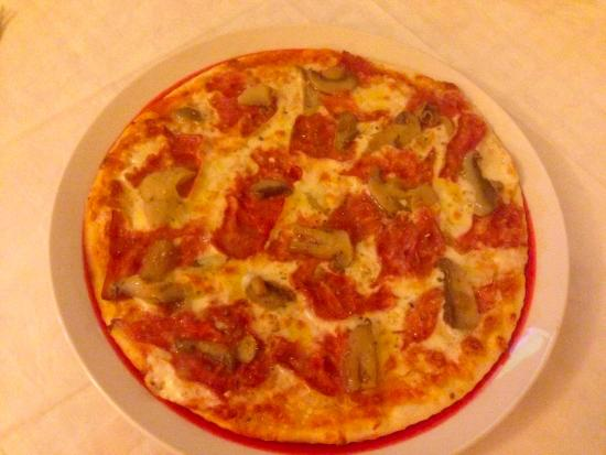 Pizzeria Terra Nostra : Pizza Regina