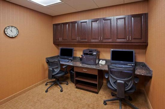 Brockport, NY: Business Center