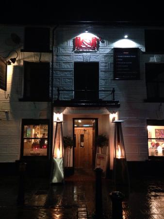 A&R's Wine & Tapas Bar