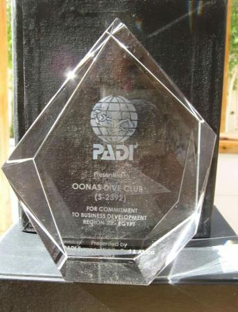 Oonas Dive Club Hotel: Weer een terechte onderscheiding voor de oonas dive club Another great award for oonas dive club