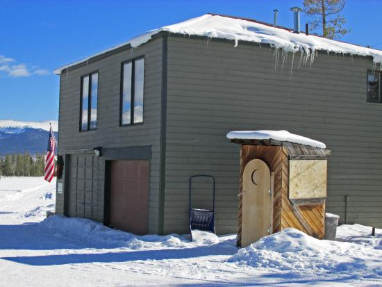 Dog Sled Rides of Winter Park: Office and outhouse