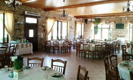 Trikρina Traditional Tavern - Kreopoleio