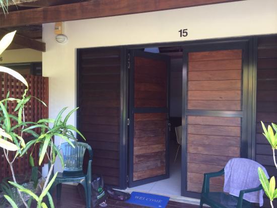 Village de Santo Resort: Entry to room
