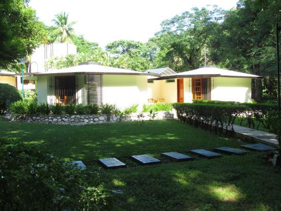 Hotel Nututun Palenque: LUJO CON SALA