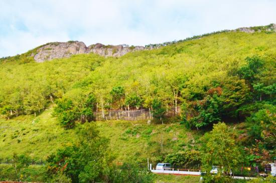 Hokkaido, Japón: カムイワッカが硫黄山への入り口