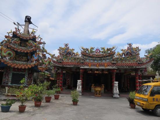 Simplicity Sojourn: 近くの媽祖廟