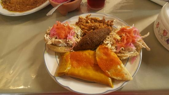 Emara Antojitos Yucatecos