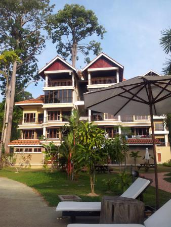 Anjungan Beach Resort: Good maintenance and clean.