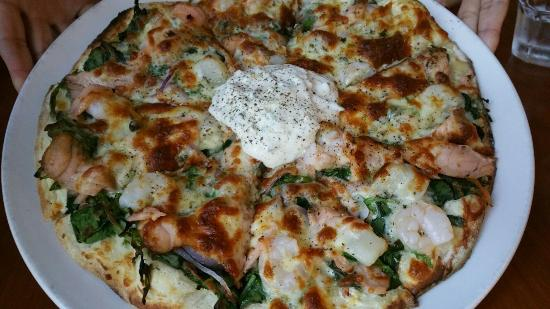 Orange On Sunrise: Delicious seafood supreme pizza with generous servings of seafood on it.  Friendly staff and no