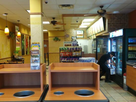 Interior - Subway: 1