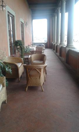 Hotel Palazzo Guadagni: Loggia