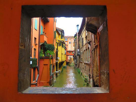 Foto di finestrella di via piella bologna tripadvisor - Bologna finestra sul canale ...