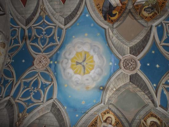St. Mary's, UK: Peaceful ceiling