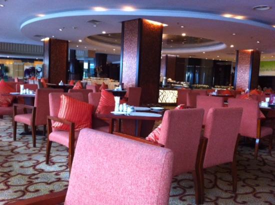 Ningbo World Hotel: レストラン。