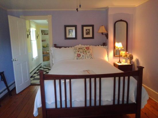 Phoenicia, NY: Violet Suite
