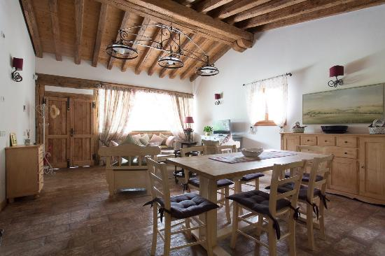 Salotto e sala da pranzo cottage - Foto di La Casa di Campagna ...