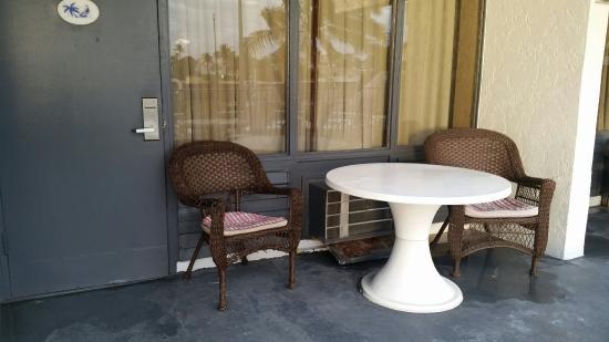 Lafayette Motel: 20151206_072956_large.jpg