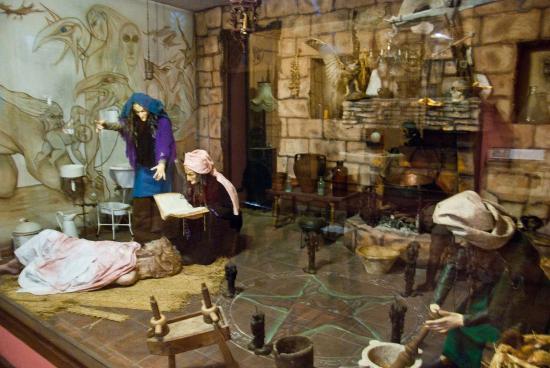 Пыточные орудия - Picture of Museo Lara, Ronda - TripAdvisor