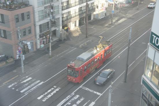 Swanky Hotel Otomo : 札幌市電を眺められる部屋がある