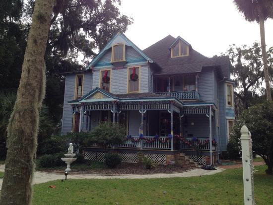 Seven Sisters Inn: photo3.jpg