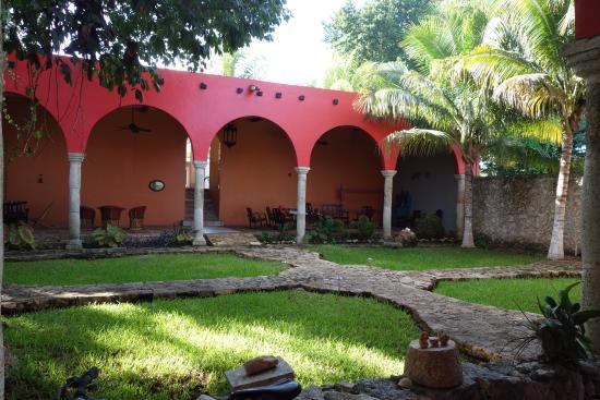 Hotel Tunich Beh: Garden