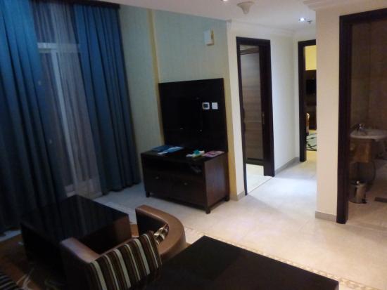 Marmara Hotel Apartments: Obývací pokoj
