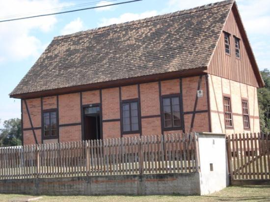 Rio Negro, PR: Casa Bucovina