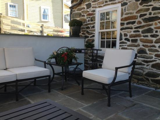 Upperville, VA: back patio