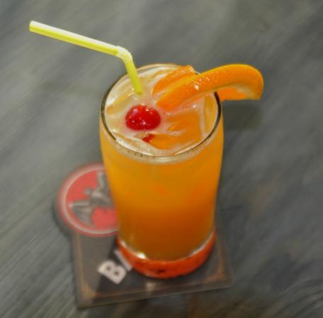 Isola Nuova Providence: Bacardi Mango Drinks