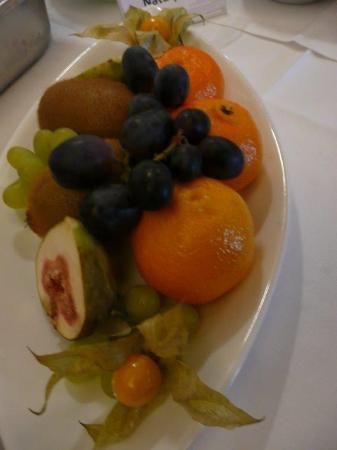 Gasthaus zum Kranz: Frühstücksbuffet - frische Früchte