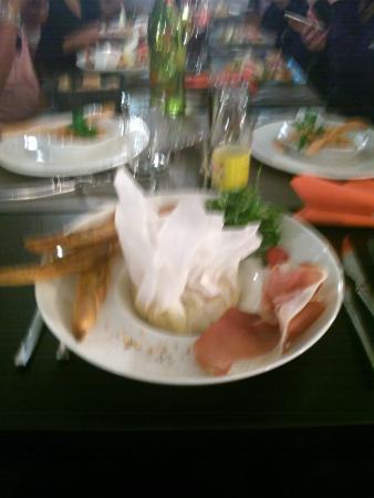 Cote Rotisserie: Camenbert Roti