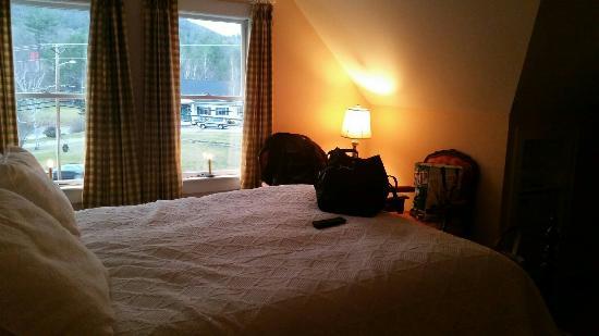 RiverWood Inn: 20151204_153649_large.jpg