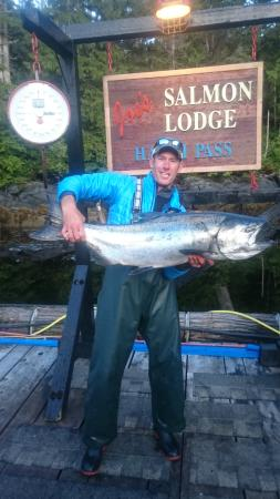 Joe's Salmon Lodge: Former Vancouver Canuck and television host Brendan Morrison showing off a 33lb Spring Salmon ca