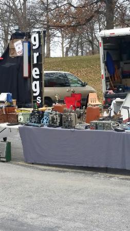 Wentzville Flea Market - NOTICE: - Wentzville Community Club