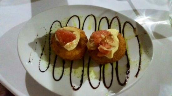 Cafe Del Sol: Fish cakes