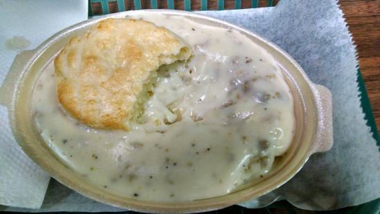 Boone, IA: biscuits and gravy